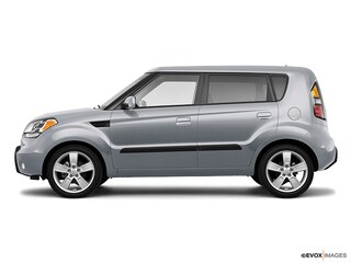 Pre-Owned 2010 Kia Soul + Hatchback for Sale in Grand Rapids