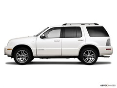 2010 Mercury Mountaineer AWD  Premier SUV