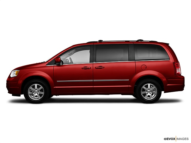 2010 chrysler town and country gas tank size