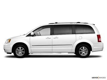 2010 Chrysler Town & Country Van