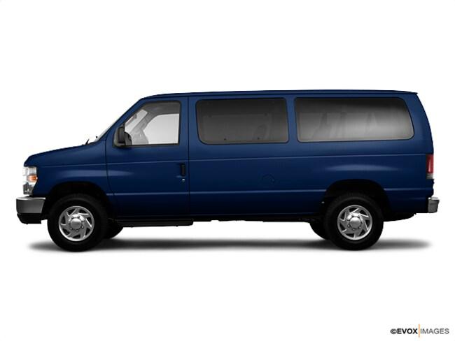2010 Ford E-350 Super Duty Wagon Wagon