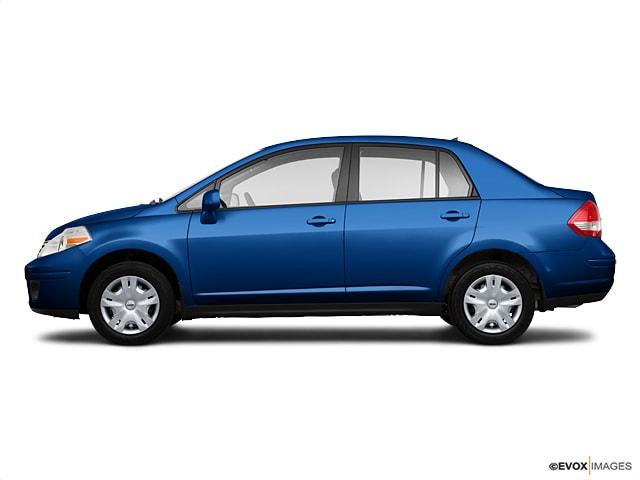 2010 Nissan Versa 1.8S Sedan