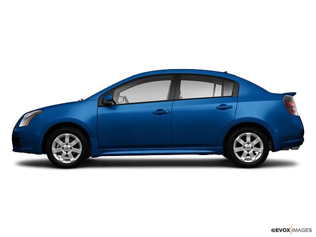 2010 Nissan Sentra 2.0SR Sedan