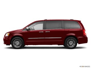 2011 Chrysler Town & Country Limited Minivan