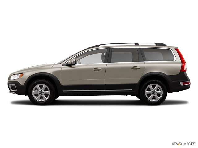 2012 Volvo XC70 3.2 FWD w/Climate Package, Dual Stage Child Booster Seats, Technology Package Wagon