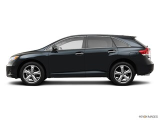 Used 2013 Toyota Venza XLE V6 4WD Crossover for sale near you in Boston, MA