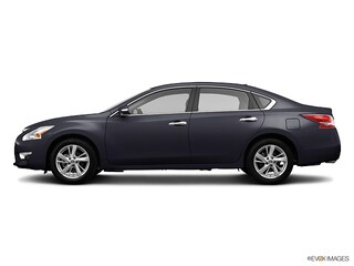 Used 2013 Nissan Altima 2.5 SL Sedan for sale near you in Burlington, MA