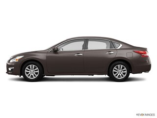 Used 2013 Nissan Altima 2.5 SL 2.5 SL  Sedan For Sale Kenosha, WI