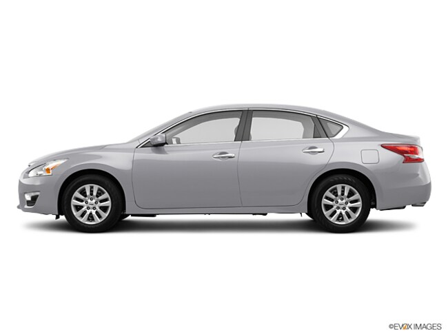 2013 Nissan Altima 2.5 S Sedan For Sale in Swanzey NH