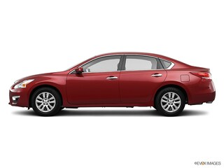 Used 2013 Nissan Altima 2.5 Sedan in North Smithfield near Providence, RI