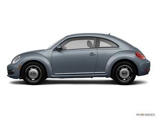 2013 Volkswagen Beetle 2.5L w/PZEV Hatchback