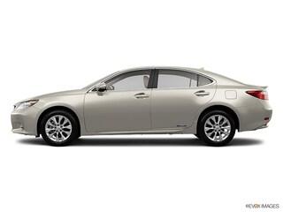 2013 LEXUS ES 300h Sedan