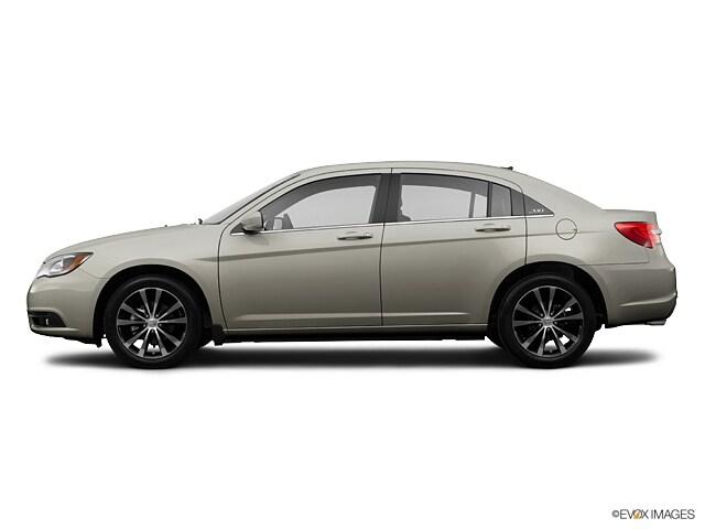 Used 2013 Chrysler 200 Limited Sedan Brookline