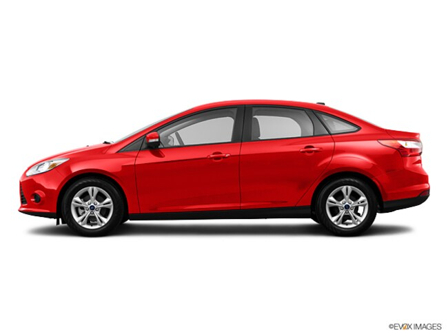 Used vehicle 2013 Ford Focus SE Sedan for sale near you in Turnersville, NJ