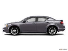 2013 Dodge Avenger 4dr Sdn R/T Car