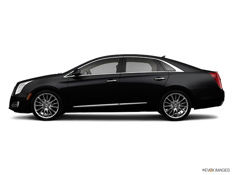 Used 2013 Cadillac XTS Platinum Sedan for sale in Winchester, VA