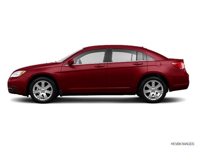 2013 Chrysler 200 Touring Sedan
