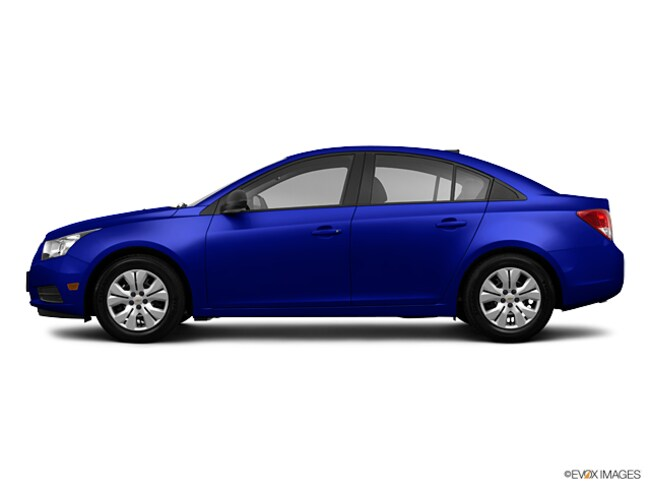 Used 2013 Chevrolet Cruze LS SEDAN for sale in Lowell MA