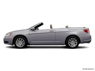 2013 Chrysler 200 Touring Convertible