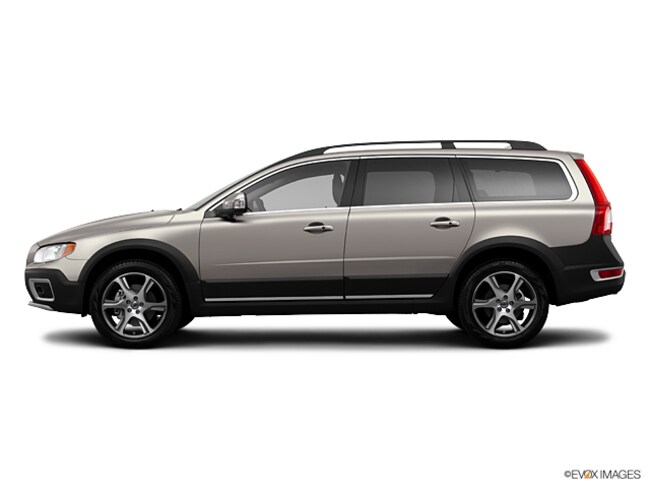 Pre-Owned  2013 Volvo XC70 T6 AWD Wagon in Portland, OR