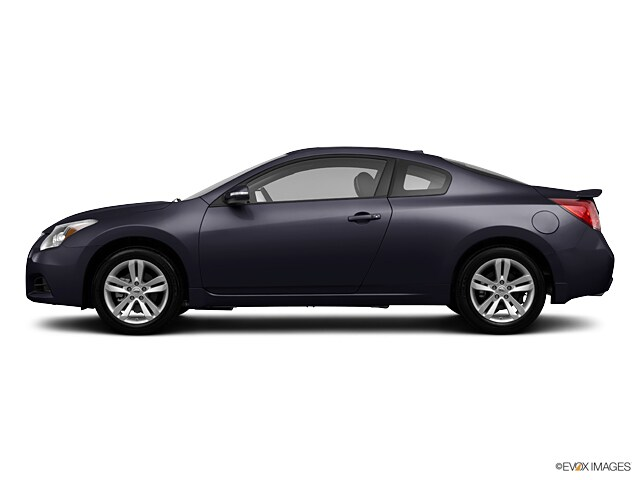 Used vehicles 2013 Nissan Altima 2.5 S Coupe for sale near you in Centennial, CO