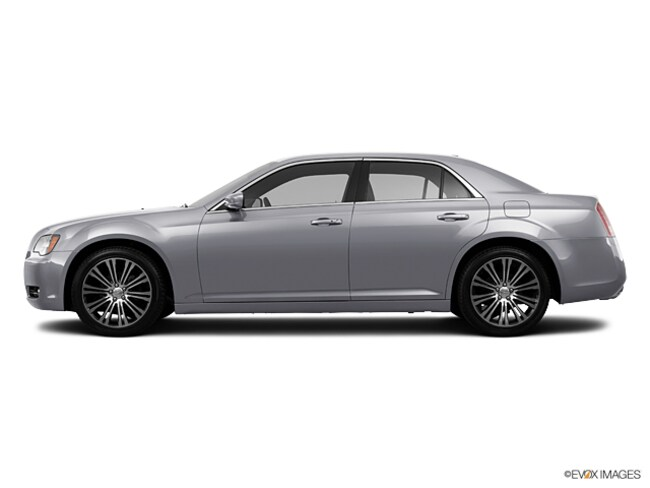Used 2013 Chrysler 300 S Sedan in Blythe, CA