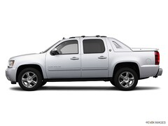 used 2013 Chevrolet Avalanche 1500 LT Truck for sale in wisconsin