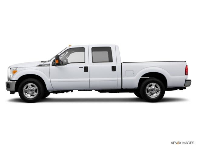 2013 Ford F250 4WD Lariat Full Size Truck