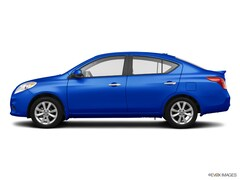 Bargain 2014 Nissan Versa 1.6 SV Sedan for sale in Peoria