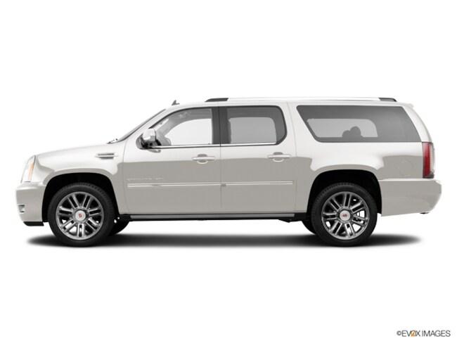 2014 CADILLAC Escalade ESV Luxury SUV