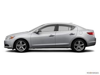 2014 Acura ILX 2.0L w/Technology Package (A5) Sedan