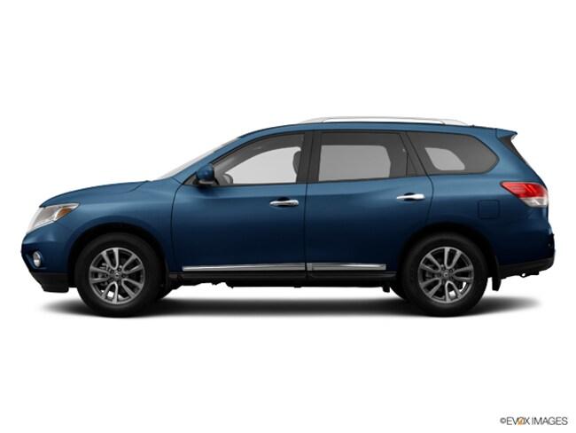 Used 2014 Nissan Pathfinder SL 4WD  SL Brooklyn NY