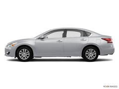Used 2014 Nissan Altima 2.5 S Sedan in West Simsbury