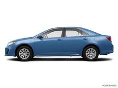 2014 Toyota Camry Hybrid LE Sedan