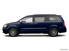 Used 2014 Chrysler Town & Country Touring Minivan/Van under $15,000 for Sale in Johnson City