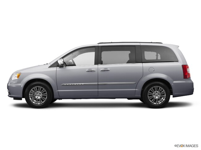 2014 Chrysler Town & Country Touring Mini-Van