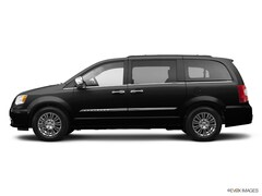 Bargain Used 2014 Chrysler Town & Country Touring Van under $15,000 for Sale in Ithaca, NY
