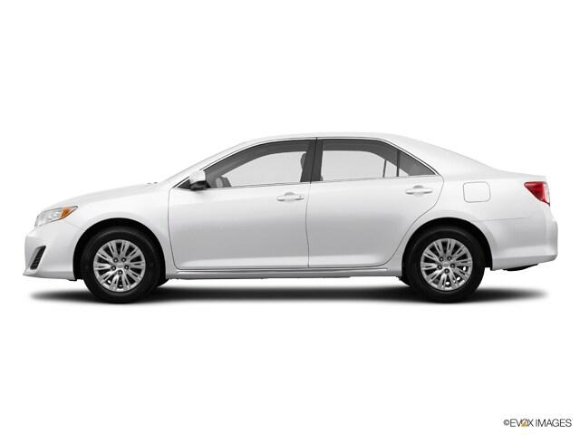 2014 Toyota Camry SE 4dr Sdn I4 Auto  Natl *Ltd Avail* Sedan