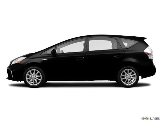 2014 Toyota Prius v Five Wagon