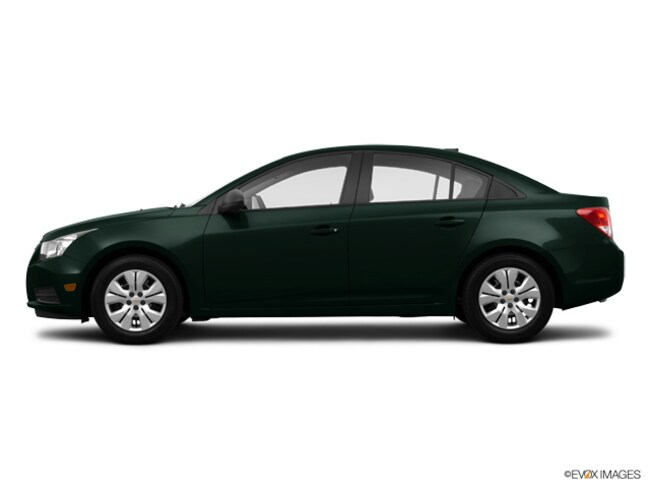 Used 2014 Chevrolet Cruze LS Auto Sedan in Bennington, VT