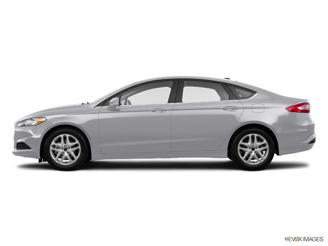 Used 2015 Ford Fusion SE Sedan in Erie, PA