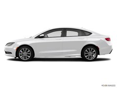 Certified Used 2015 Chrysler 200 S Sedan in Mishawaka