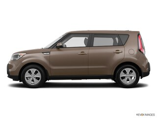 Pre-Owned 2015 Kia Soul Base FWD Hatchback KNDJN2A29F7230895 for Sale in Bend, OR