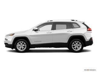 Used 2015 Jeep Cherokee Latitude FWD SUV for sale in Merced, CA