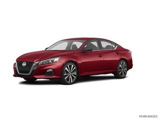 New 2020 Nissan Altima 2.5 SR Sedan Ames, IA