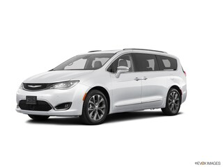 New Chrysler Dodge Jeep RAM for sale 2020 Chrysler Pacifica LIMITED Passenger Van in Wisconsin Rapids, WI