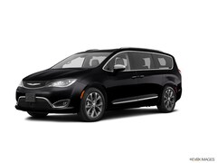 2020 Chrysler Pacifica Limited Red S Van