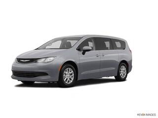 2020 Chrysler Voyager LX Van