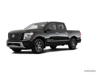new 2020 Nissan Titan SV Truck Crew Cab 1N6AA1EC1LN512493 for sale in Lakewood CO