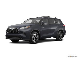 New 2020 Toyota Highlander Hybrid XLE SUV for sale near you in Boston, MA